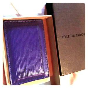 Wallet / cardholder